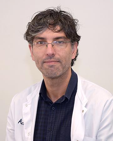 Dr. Israel Casarejos