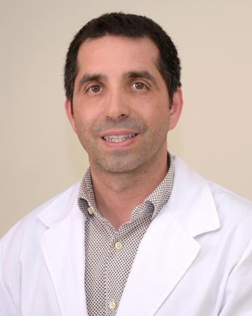Dr. Daniel Romero